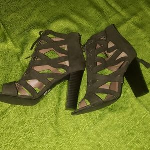 Women's lace-up heels, green faux suede